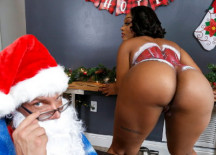 Santas Cumming Down Her Chimney